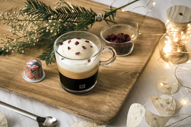 O letošních svátcích oslavte svůj dokonale severský kávový moment s Nespresso.