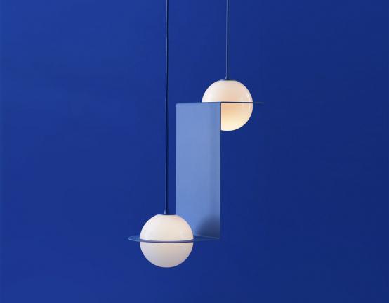 Závěsné svítidlo Laurent 01 (Lambert & Fils), ručně foukané opálové sklo, výška 76cm, cena 38646Kč,  www.lambertetfils.com