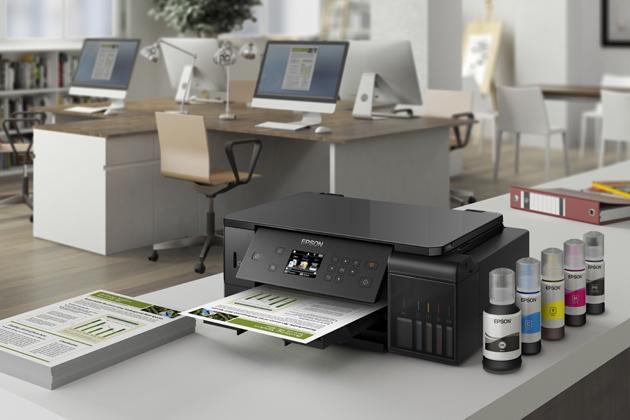 Díky tiskárně EcoTank L7160 od Epsonu si můžete své oblíbené snímky vytisknout v mimořádné kvalitě. Objevte mimořádně výhodné řešení pro tisk fotografií, oboustranných dokumentů a dalších materiálů ve formátu A4.