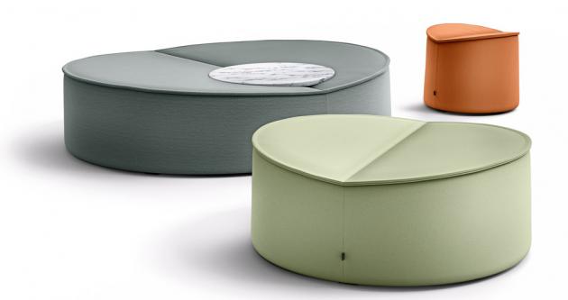Nenúfar je španělský výraz pro leknín a právě ten se stal modelem série sedacího nábytku Nenou (Cor). Poufy mnoha rozměrů, lehké židle a stoličky lze kombinovat vždy podle aktuální potřeby do stále nových seskupení. Designér Jörg Boner neopomněl ani mírnou prohlubeň uprostřed každého kusu, která pojme svého uživatele s nečekanou vřelostí... Součástí kolekce jsou podnosy ze dřeva a kamene. Cena na dotaz, WWW.COR.DE