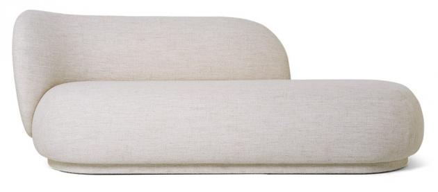 """Série sedacího nábytku Rico od výrobce Fermliving se rozrůstá o lenošku a velkorysý puf. I tyto nové solitéry se pyšní robustní konstrukcí a polštáři s """"plným"""" výrazem a jsou čalouněné látkou z nerovnoměrně tkané příze. Rozměr lenošky 190 × 79 × 81,5 cm, rozměr taburetu 124 × 41 × 69 cm.  Orientační cena 30 475 Kč, WWW.DESIGNVILLE.CZ"""