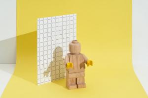 Limitovaná edice legendární hračky (foto: LEGO)