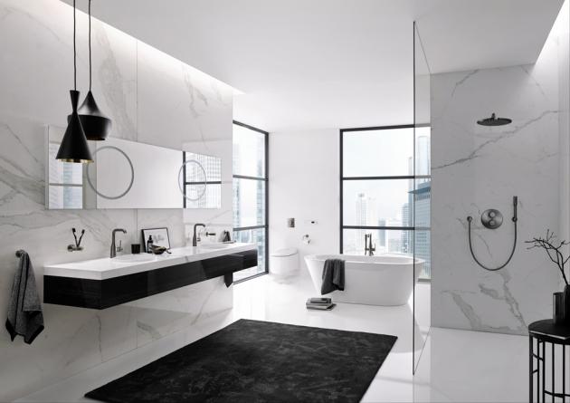 Sprchový systém Grohtherm SmartControl shlavovou sprchou Rainshower 310 SmartActive (Grohe), chrom, cena od47045Kč, www.grohe.cz