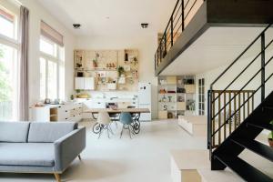 Autory rekonstrukce jsou dvě nizozemská studia - Standard Studio a CASA architecten.