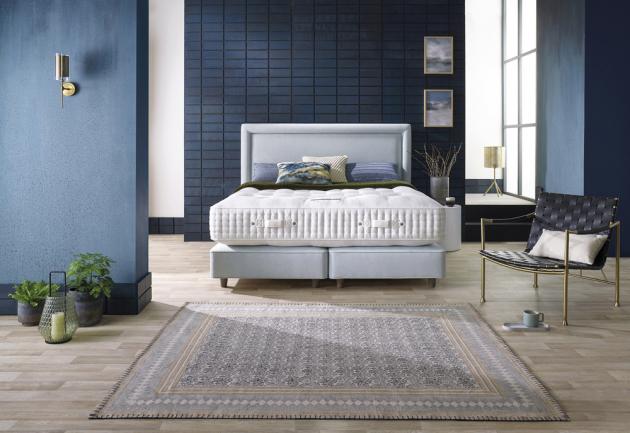 Dvoulůžková postel Magnus (Somnus) obsahuje ručně skládané koňské žíně, které zajišťují výbornou termoregulaci a odvětrávání pro celou dobu spánku. Poskytuje poddajnou pružnost a dokonalý komfort, www.dreambeds.cz