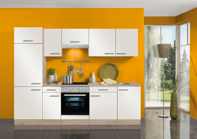 V kuchyni lze použít prakticky kteroukoli z teplého spektra barev.