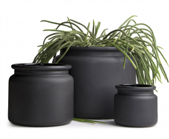 Obal nakvětiny Pure Black XL (DBKD), keramika, rozměr 42 ×40cm, cena 6405Kč,  www.laladesign.cz