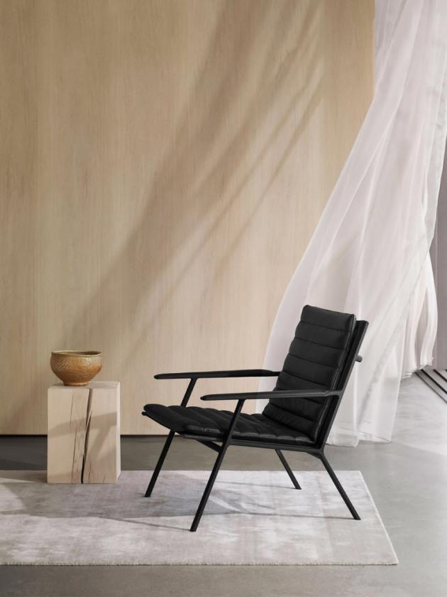 Lounge Chair bylo uvedeno natrh nakonci roku 2019.