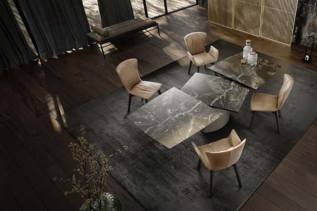 Hlavní důraz klade na výrobu nádherných jídelních stolů a odkládacích stolků, které mají patentovaný systém rozkládání, a tak zásadně šetří prostor. Samozřejmým doplňkem jsou pak židle v mnoha tvarech a materiálech, jejichž polstrování je opravdovým mistrovským dílem.