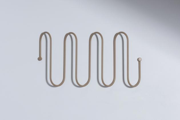 Nová kolekce háčků aramínek Curl oddesignérského studia Kaschkasch Design Studio pro výrobce Blomus kromě estetického zážitku nabízí velmi praktický přínos.