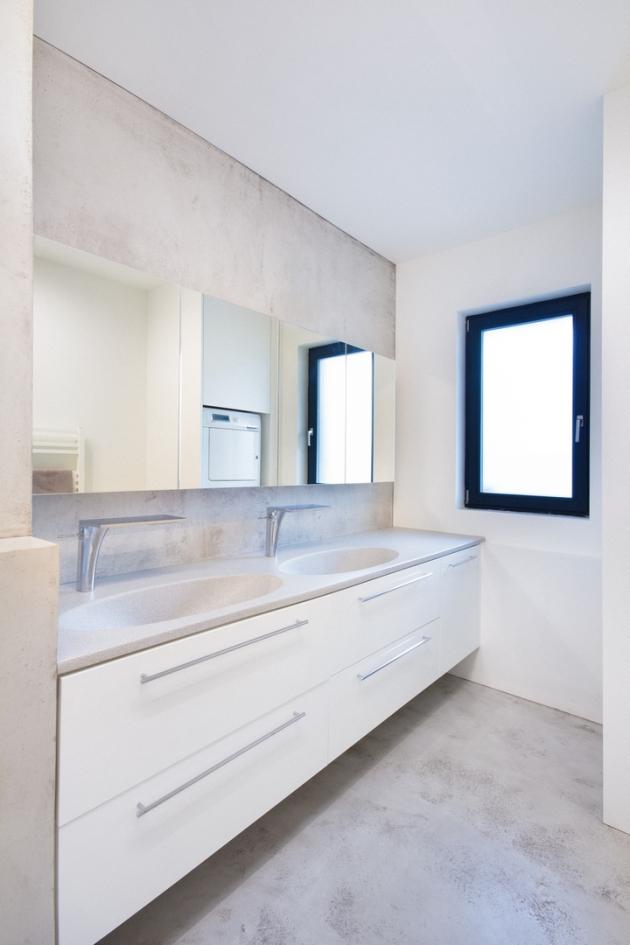 Nezáleží na tom, zda se jedná o menší koupelnu, velkorysý obývací pokoj, bazén, administrativní budovu či obchodní centrum. Při správném použití můžete stěrky aplikovat téměř kamkoli.