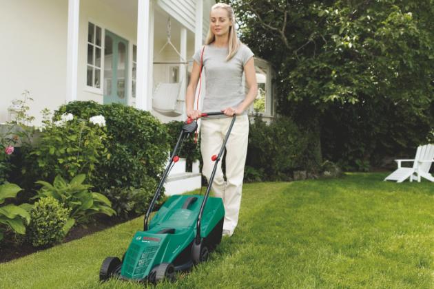 Cesta k dokonalému trávníku aneb jak vybrat sekačku