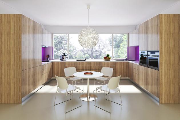Kuchyňská sestava z realizace (Indeco), kombinace bílá perlička (korpus), fleetwood champagne (dveře), spotřebiče značky AEG, 420 × 240 × 60 cm, cena 300 000 Kč, WWW.INDECO.CZ