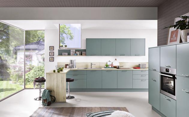 Kuchyňský koncept Touch 337 (Nobilia), laklaminát, odstín Aqua, povrchová úprava supermat, vnitřní strana bílá a dub, odstín San Remo, WWW.ASKO.CZ