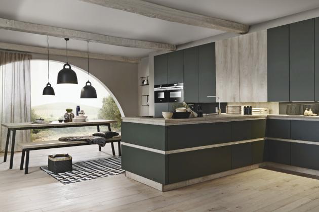 Kuchyňský koncept Bali/Porto S (Bauformat Küchen), provedení světlé ušlechtilé dřevo a zelený hedvábný mat, cena na dotaz, WWW.ORESI.CZ