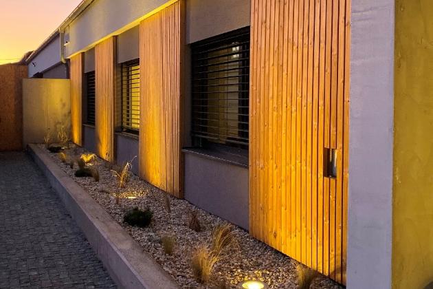 Slovenská společnost Epitrend, která se specializuje na montáž a servis tepelných čerpadel, se rozhodla zrekonstruovat pro své potřeby administrativně skladový areál v Košicích.