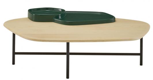 Lewa (Ligne Roset), design Sebastian Herkner, kovová konstrukce, dřevo a keramika, 107,6 × 51,3 cm, cena od 37 500 Kč, WWW.LIGNE-ROSET. COM