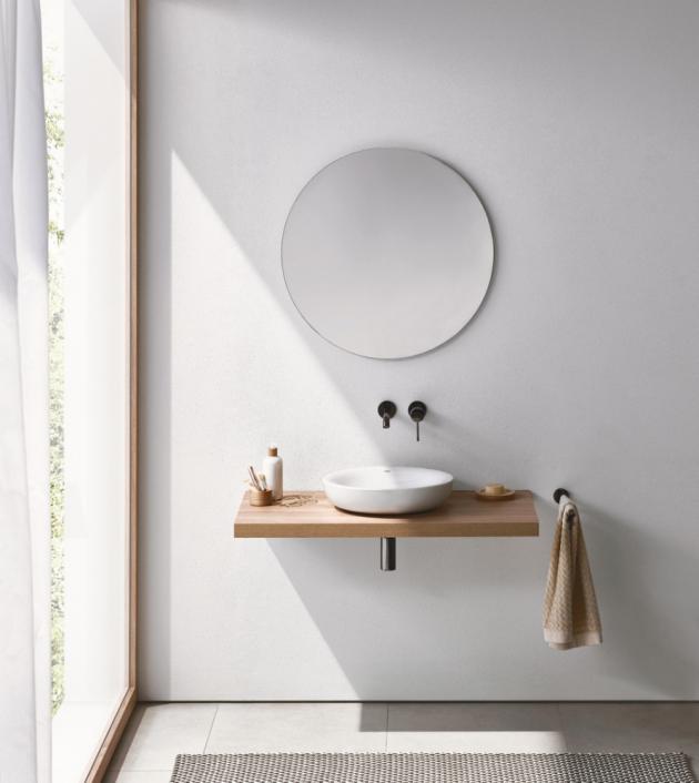 Umyvadlo na desku Essence (Grohe), 45 cm, PureGuard, alpská bílá, cena 9 502 Kč, WWW.GROHE.CZ