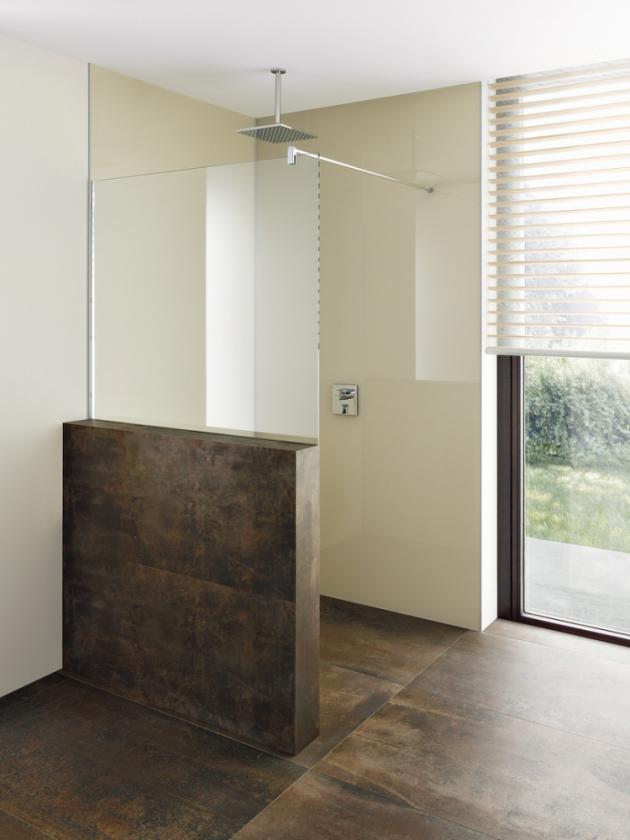 Sprchový kout Avit (Palme), zkrácená zástěna na předezdívku, čiré sklo, profil lesklý chrom, možné zhotovení na míru, cena od 18 800 Kč, WWW.PALME.COM
