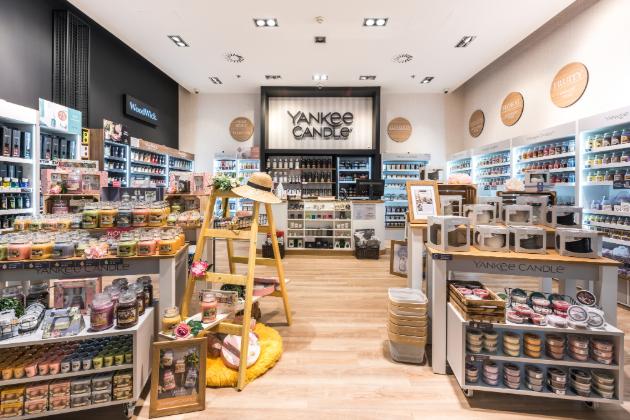 Značka Yankee Candle otevírá svou další prodejnu, a to v OC Nový Smíchov.