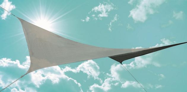 Čtvercová sluneční plachta v šedé barvě s rozměry 360x360 cm