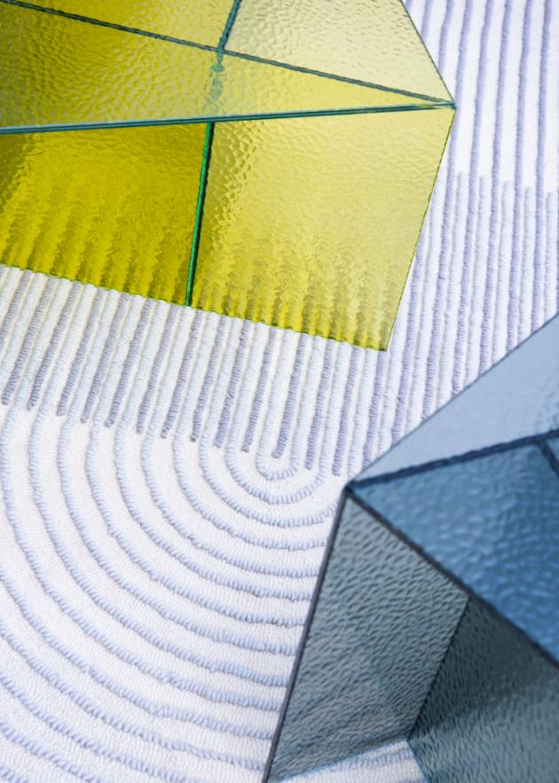 Kolekce konferenčních stolků aspa navrhlo španělské designové studio MUT Design pro německou značku pulpo.