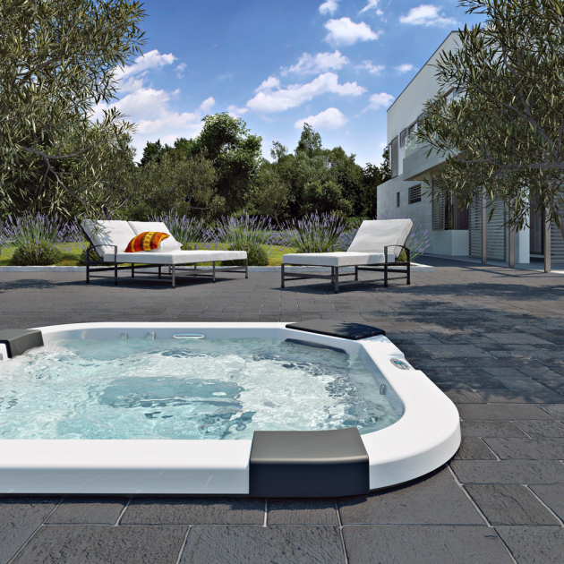 Vířivka Santorini Pro (Jacuzzi), dvě lehátka, tři místa k sezení, cena od 457 900 Kč, WWW. ALBIXON. CZ
