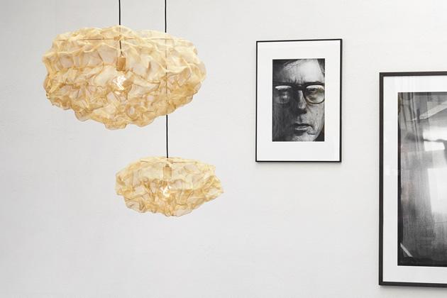 Svítidlo Heat (Northern) je výsledkem experimentů švédské designérky Johanny Forsberg, pro jejíž tvorbu je charakteristické použití neobvyklých materiálů.