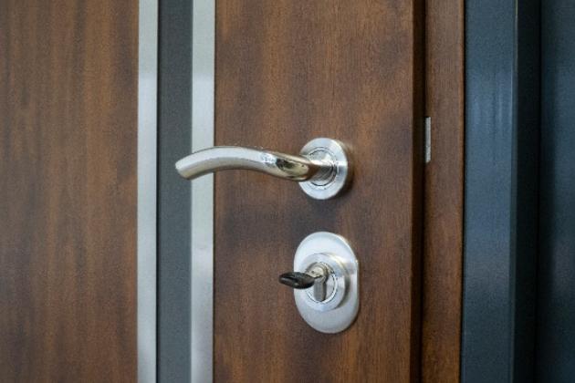 Moderní bezpečnostní dveře jako designový doplněk bytu