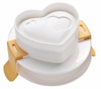 Formičky Presto (Tescoma), upravitelné na různé velikosti vajec, 4 kusy různých tvarů, cena 219 Kč, WWW.TESCOMA.CZ