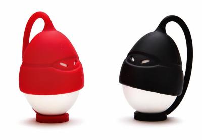 Držáky na vajíčka Egg Ninjas (Monkey Business), cena 14 $ / 2 ks, WWW.MONKEYBUSINESS.COM