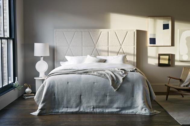 Dvoulůžková postel Tiara s dělenou spodní částí (Vispring), odstín B Two Tones, 100% přírodní materiály, WWW.DREAMBEDS.CZ