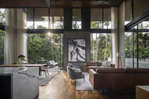 Zahraniční bydlení: Tři lidé, tři názory