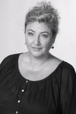 LENKA SAULICHOVÁ  redaktorka