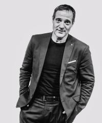 PAVEL ZUNA  moderátor a manažer pro vztahy s veřejností