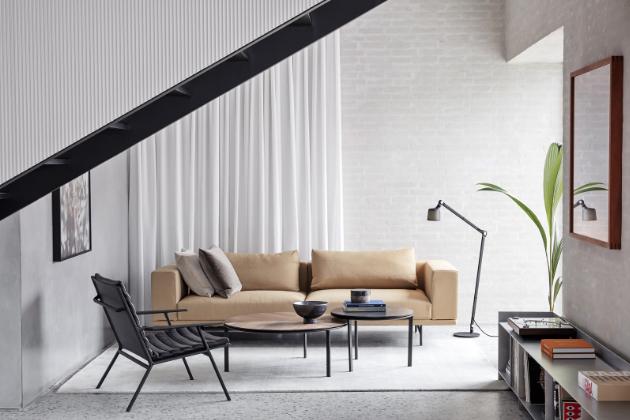 Jednoduché, ovšem kvalitní interiérové vybavení podtrhuje atmosféru klidného domova
