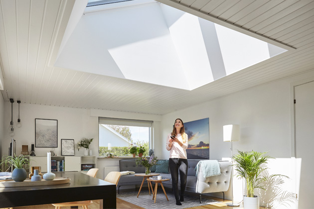 Podzimní nákup chytrého střešního okna VELUX je výhodnější až o 2500 Kč