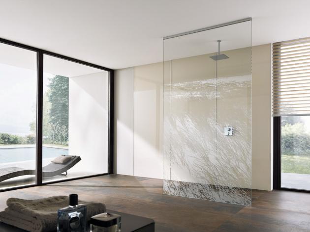 Walk-in Avito (Palme) do výšky prostoru, sklo 1 cm, stropní profil chrom, 120 × 300 cm, cena 46 097Kč, www.palme.cz
