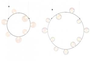 Osvětlení Hubble Bubble (Moooi) navrhl nizozemský designér Marcel Wanders.