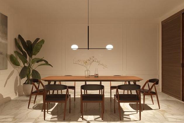 Asymetrické azároveň elegantní závěsné svítidlo Coco (Leds C4) je současnou adaptací klasického lustru.