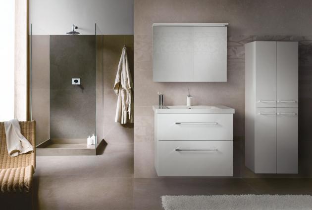 Vypadá nějak takto vaše koupelna snů? Řada BIG INN je elegantní a zároveň nabízí spoustu úložného prostoru.