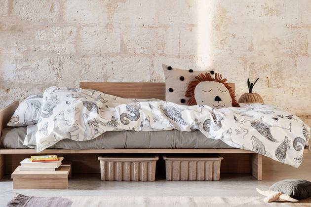 Postel Kona (Ferm Living) je určena pro příležitostné spaní adenní odpočinek.