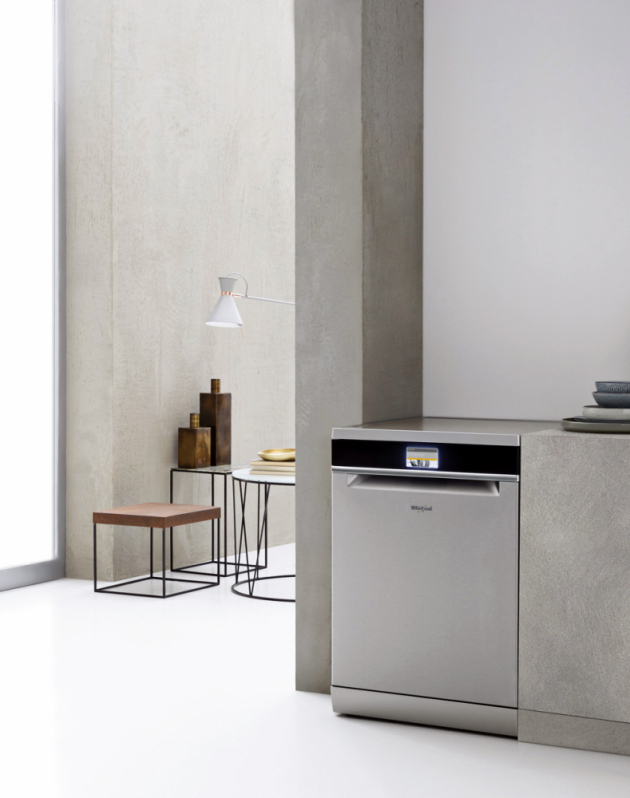 Volně stojící myčka nádobí WFF 4O33 DLTG X @ (Whirlpool), A+++, spotřeba 9 l, 60 cm, 14 sad nádobí, technologie 6. smysl, cena 21 490 Kč, WWW.WHIRLPOOL.CZ