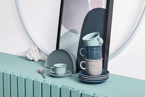 Šálky a podšálky z kolekce Trend Colour (Thomas, Rosenthal), porcelán vhodný do myčky, více objemů i barev, šálek na espresso, objem 0,1 l, orientační cena 261 Kč, WWW. POTTENPANNEN. CZ
