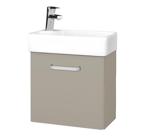 V řadě Door naleznete skříňku s umývátkem hlubokou 26 cm