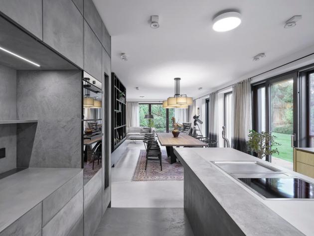 Epoxidová stěrka Betonepox Soft (Němec), dokonalá imitace betonu, mimořádná odolnost, tvrdost a životnost, bez lakování povrchu odolná vodě, orientační cena od 3 100 Kč/m2, WWW.NEMEC.EU