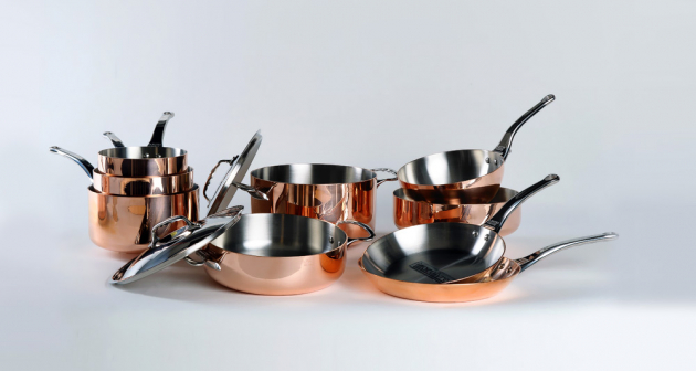 Sada měděného nádobí Inocuivre (De Buyer), 5 ks, litinová rukojeť, cena 28 334 Kč, WWW.KULINA.CZ