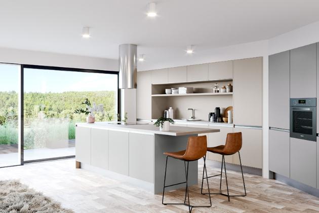 Sestava kombinovaná z kuchyní Silk Touch a Magiq (Oresi) s novými designovými integrovanými profi ly pro otvírání linea Retta, které zvýrazňují čistý minimalistický styl, WWW.ORESI.CZ