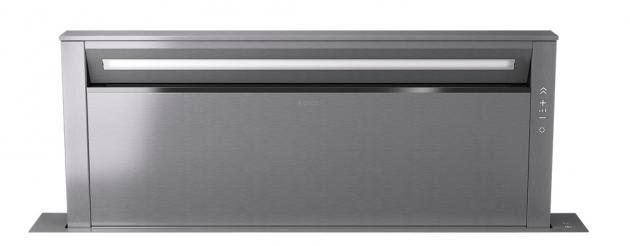 Výsuvný odsavač Getup Adagio z pracovní desky (Downdragt) pro velké kuchyňské linky, velký výkon, nově i módní provedení v matné černé a v černém skle, v povrchové úpravě Litina (vhodné pro plynové varné desky s litinovými podpěrami), a speciální model Naked, který v zasunuté pozici dokonale splyne s pracovní deskou, dostupnost konec roku 2020