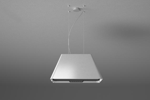 Ostrůvkový závěsný odsavač iKona je k nerozeznání od designového svítidla. Tradiční kónický čtvercový tvar jako by se vznášel ve vzduchu. K dispozici je ve třech povrchových úpravách – matné černé, bílé a nerez, dostupnost konec roku 2020